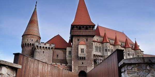 Corvin Castle Museum